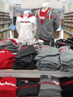 Is old navy open on canada day