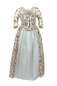 Cotton gown woven with fine stripes and printed with small floral sprays, 1785–90  © CSG CIC