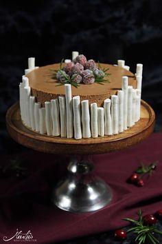 chocolate w cranberries, orange & rosemary Winter Torte, Cake & Co, Christmas Time, Christmas Cakes, Cake Decorating, Fondant, Birthday Cake, Cooking, Cranberries