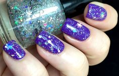 KBShimmer: ☆ Flake Dance ☆ ... a clear coat loaded with multi-sized hexes and snow flakes in silver holographic
