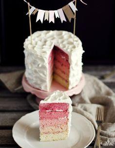 Маленькие свадебные тортики: тенденция этого лета!