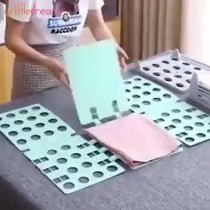 Made laundry fun and uniformed!💗💗Now your kids can fold their clothes all by themselves !😱😱 Made laundry fun and uniformed!💗💗Now your kids can fold their clothes all by themselves ! Diy Home Cleaning, Cleaning Hacks, Spring Cleaning, Diy Organisation, Organizing Ideas, Home Gadgets, Cooking Gadgets, Storage Hacks, Storage Ideas