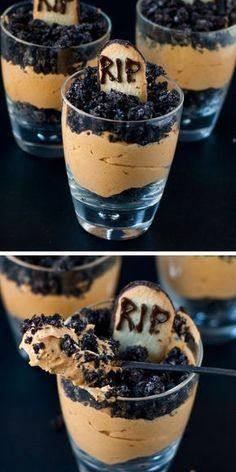 Pumpkin Dirt Pudding (Graveyard Parfaits) | 40 Halloween Party Food Ideas for Kids | Easy Halloween Treats for Kids