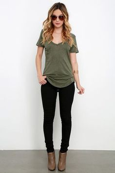 casual outfits for winter comfy lazy days,casual clothes for women every day,casual clothes summer fashion ideas Business Casual Outfits, Office Outfits, Office Attire, School Outfits, Mode Outfits, Fashion Outfits, Womens Fashion, Hipster Outfits, Fashion Ideas