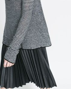 Stripes and pleats. Nice mix