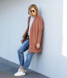 tifmys - Ray Ban Round Metal sunnies, Maison Scotch coat, Pimkie Mohair sweater, H&M Mom jeans & Adidas Stan Smith sneakers.