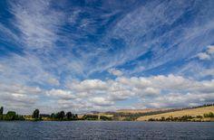 Strathgordon è un paese di soli 30 abitanti e immerso nella natura. Il paese più vicino è a 100km di distanza, qui troverete immensi laghi e un'enorme diga.