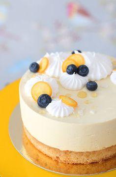 pikku murusia: Hedelmäinen moussekakku - luontaisesti gluteeniton, munaton & maidoton Charcuterie Board, Pie Recipes, No Bake Cake, Afternoon Tea, Breakfast Recipes, Cake Decorating, Sweet Tooth, Cheesecake, Pudding
