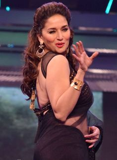 Top 10 Most Hot Indian Women Alive in 2019 Top 10 Bollywood Actress, Most Beautiful Bollywood Actress, Bollywood Stars, Bollywood Celebrities, Beautiful Actresses, Hot Actresses, Indian Actresses, Madhuri Dixit Saree, Koffee With Karan