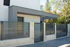 35 Diy Aluminium Zaun Modern Design Check more at www. - 35 Diy Aluminium Zaun Modern Design Check more at www.millionaireby… You are in the right place a - Brick Fence, Front Yard Fence, Fenced In Yard, Concrete Fence Wall, Small Fence, Glass Fence, Fence Stain, Horizontal Fence, Metal Fence