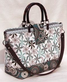Lazy Girl Designs » Add A Detachable Shoulder Strap To Any Open-Top Tote
