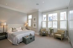 Paint colours:- Dulux Pebble Shore, or FB Joa's White and Wimbourne White