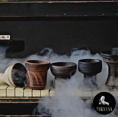 Smoke Wallpaper, Hookahs, Lounge Design, Planter Pots, Pottery, Restaurant, Makeup, Ceramica, Maquiagem