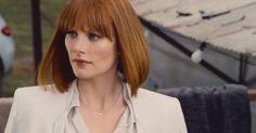 Joss Whedon Thinks Jurassic World Looks Pretty Sexist' Hair Dye Colors, Hair Color, Jurassic World Claire, Claire Dearing, Fiery Redhead, Bob Haircut With Bangs, Bryce Dallas Howard, Hair Tattoos, Bowl Cut