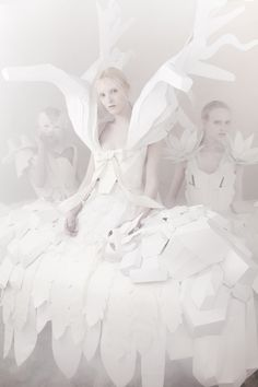 >o< Whimsical white fashion photography, Paper dress by Laura Baruel