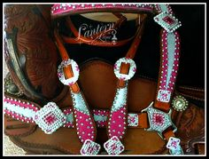 Custom tack set in raspberry pink and metallic crystal ice. Western Horse Tack, Cowgirl And Horse, Running Training, Running Tips, Pole Bending, Track Quotes, Barrel Racing Tack, Nike Quotes, Spur Straps