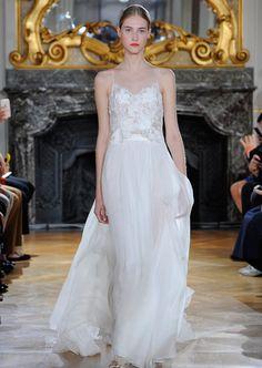 PFW: Die Traum-Brautkleider bei Kaviar Gauche