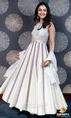 Bollywood Photos, Bollywood Girls, Bollywood Actress, Hollywood Actress Pics, Hollywood Heroines, Indian Dresses, Indian Outfits, Ethnic Outfits, Tv Actress Images