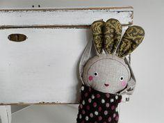 mandragora doll / Břichopas toys