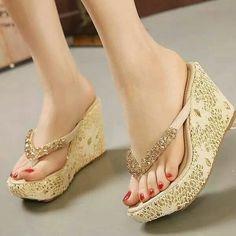 Heeled Mules Sandals, Wedge Sandal, How To Wear Heels, Bridal Sandals, Girls Heels, Trend Fashion, Fashion Sandals, High Heels, High Sandals