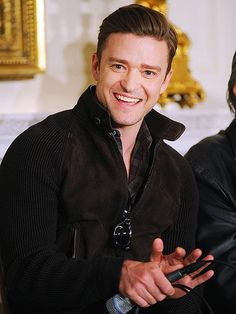 Justin Timberlake flashes his sexy smile during an interactive student workshop – exploring the history and sound of Memphis soul music – at the #WhiteHouse's State Dining Room in Washington, D.C. on April 9, 2013