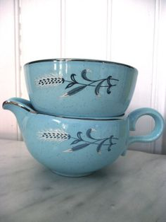 Vintage Taylor Smith and Taylor Wheat Pebbleford Turquoise Sugar and Creamer