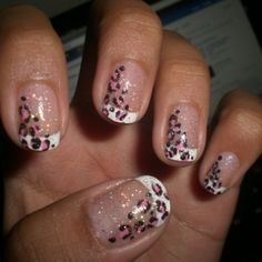 Glitter cheetah print nails