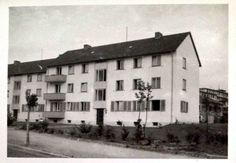 Fehrenbachallee ca. 1960er - Ausschnitt aus einer Postkarte mit der Ansicht eines Wohnhaus in der Fehrenbachallee Freiburg. Das genaue Aufnahmedatum ist leider nicht bekannt, aber es dürfte ungefähr aus den 1960er Jahren stammen.  Vielen Dank für dieses Bild an unseren Facebook-Fan Tina Münz.  /*  */