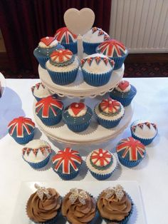 Beautiful Jubilee cupcakes by Kiss and Bake Up