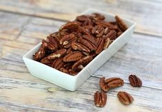 These roasted pecans are seasoned with butter and salt or seasonings. This is a recipe for simple butter-roasted pecans. Spicy Candied Pecans Recipe, Spiced Pecans, Roasted Pecans, Slow Roast, Pecan Recipes, Keto Recipes, Sweet Potato Casserole, Fries In The Oven, Southern Recipes
