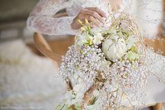 Florals by Fleur le Cordeur. Floral Wedding, Wedding Bouquets, Wedding Flowers, Winter Christmas, Christmas Wedding, Wedding Function, Wedding Season, Wedding Styles, Wedding Ideas