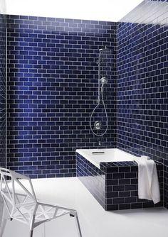 Blue Bathroom Design Ideas: 35 Cobalt Blue Bathroom Tile Ideas And Pictures Dark Blue Bathrooms, Blue Bathrooms Designs, Navy Bathroom, Bathroom Colors, Small Bathroom, Bathroom Ideas, Bathroom Remodeling, Remodeling Ideas, Blue Subway Tile