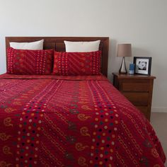 Red Bandhani Print Quilt / Bedspread Set   The Hues of India