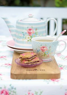 Tea Time With GreenGate