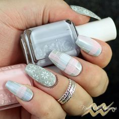 Winter nail art, Stamped nail art design  . Created with: Lacquer Lust Mist, Essie Virgin Snow, Essie Fiji, Moyra Fabric Texture 02, Clear Jelly Stamper Big Bling, Mundo de Unas White