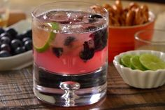 If you love mezcal you have to try this delicious cocktail made with mezcal blueberry and syrup. Bar Drinks, Yummy Drinks, Healthy Drinks, Alcoholic Drinks, Yummy Food, Mezcal Cocktails, Halloween Drinks, Holiday Drinks, Holiday Parties