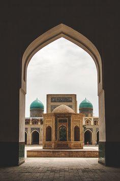 po-i-kalyan mosque, bukhara, uzbekistan Mosque Architecture, Futuristic Architecture, Art And Architecture, Architecture Portfolio, Ancient Architecture, Islamic Art Pattern, Arabic Design, Beautiful Mosques, Islamic World