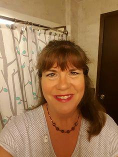 My look:  Hermosa beach bronzer,  confident and corrupt eye mineral shadows,  3D Fiber Lashes, Skittish lip stain.
