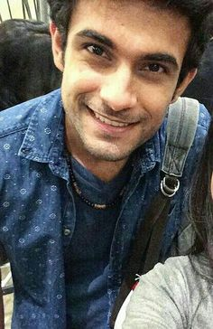 Love her smile Sanam Puri, Crazy Fans, Kind Person, King Of My Heart, Pop Rock Bands, Cute Charms, Beautiful Girl Indian, Bollywood Songs, Samar