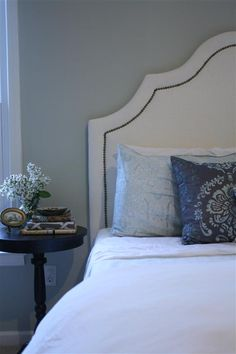 DIY upholstered headboard: white with nailhead