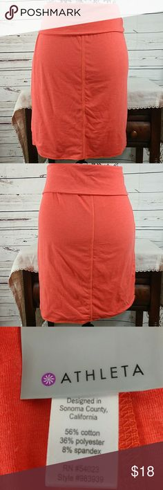 """Athleta jersey skirt Pretty melon orange colored skirt on with fold over waistline. 18"""" from waistline to bottom hem. Please ask questions prior to purchase. 🌸 Athleta Skirts Midi"""