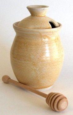 Love this pottery honey pot