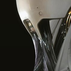 Alien: Covenant Concept Art Reveals Michael Fassbender's Robo-Skeleton Alien Covenant Concept Art, Walter Model, Film Prometheus, Anime Ghost, Giger Art, Robot Hand, Futuristic Design, Ghost In The Shell, Visual Development