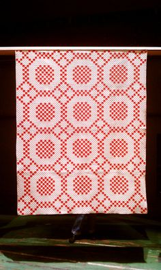 Infinite Variety: Three Centuries of Red and White Quilts by cml2142, via Flickr