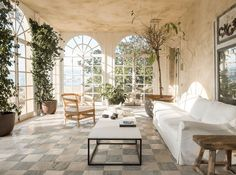 〚 White, classic details and minimalism: airy home with character in Spain 〛 ◾ Photos ◾ Ideas ◾ Design #livingroom #windows #vintage #old #interiordesign #homedecor #idea #Inspiration #cozy #living #style #space #tips #decor #interior Modern Minimalist, Minimalist Design, Spanish Mansion, French Apartment, Living Spaces, Living Room, Cozy Living, Minimal Decor, Concrete Design