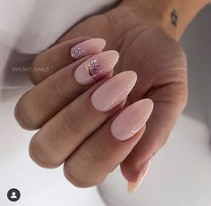 ✔ most sexy and trendy prom and wedding acrylic nails and matte nails for this season 24 Работа мастера г. Classy Nails, Stylish Nails, Simple Nails, Perfect Nails, Gorgeous Nails, Pretty Nails, Almond Nails Designs, Nail Designs, Oval Nails