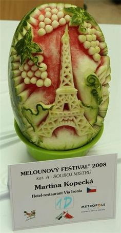 #Watermelon carving. Eiffel Tower. Paris. Grapes. Art. Inspiration. Fruit. #Summer