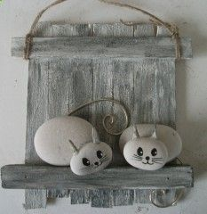 Hottest Pics god created Animal Crafts Strategies Report dish wildlife are a wonderful youngsters build idea. Pebble Painting, Pebble Art, Stone Painting, Stone Crafts, Rock Crafts, Arts And Crafts, Art Pierre, Pebble Pictures, Art Diy