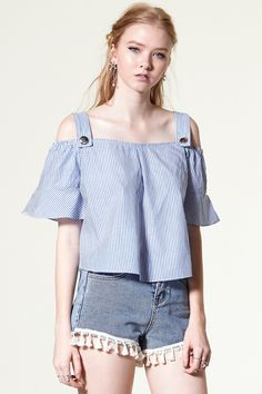 Belen Cropped Cold Shoulder Top Discover the latest fashion trends online at storets.com