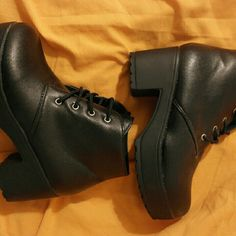 NEW Black Chunky Platform Ankle Boots [size 8.5] Brand new, never worn outside because they don't fit me. Were marketed as size 9 but fit more like 8.5 in women's. Shoes Ankle Boots & Booties